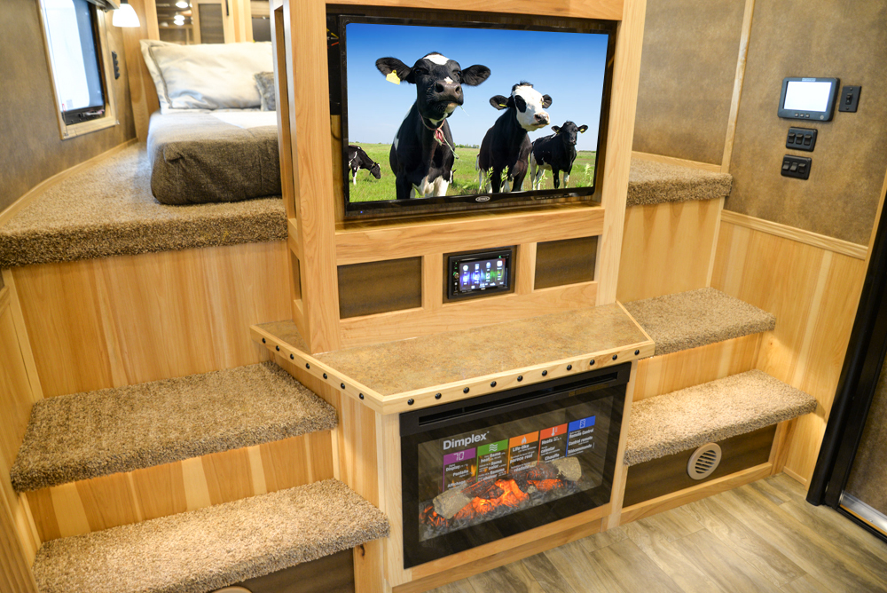 Entertainment System in a BLE8X18CE Bighorn Edition Livestock Trailer | Lakota Trailers