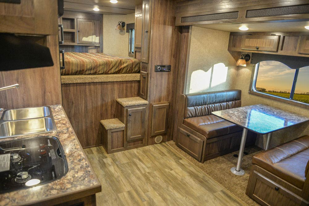 Living Quarters in C8X18BB Charger Edition Horse Trailer   Lakota Trailers
