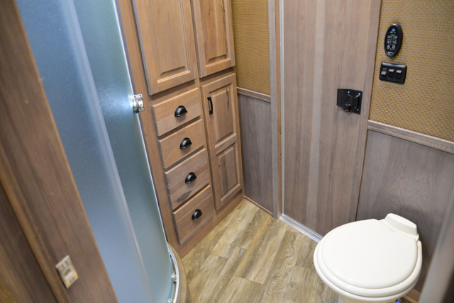 Restroom In Bighorn Edition BH8X17 | Lakota Trailers