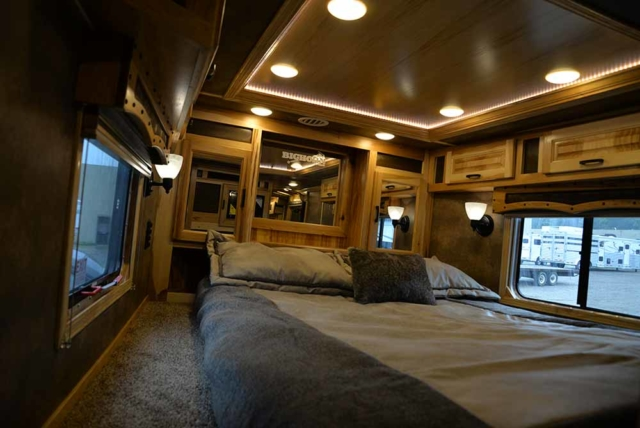 Bedroom in Bighorn BH8X192S Horse Trailer | Lakota Trailers