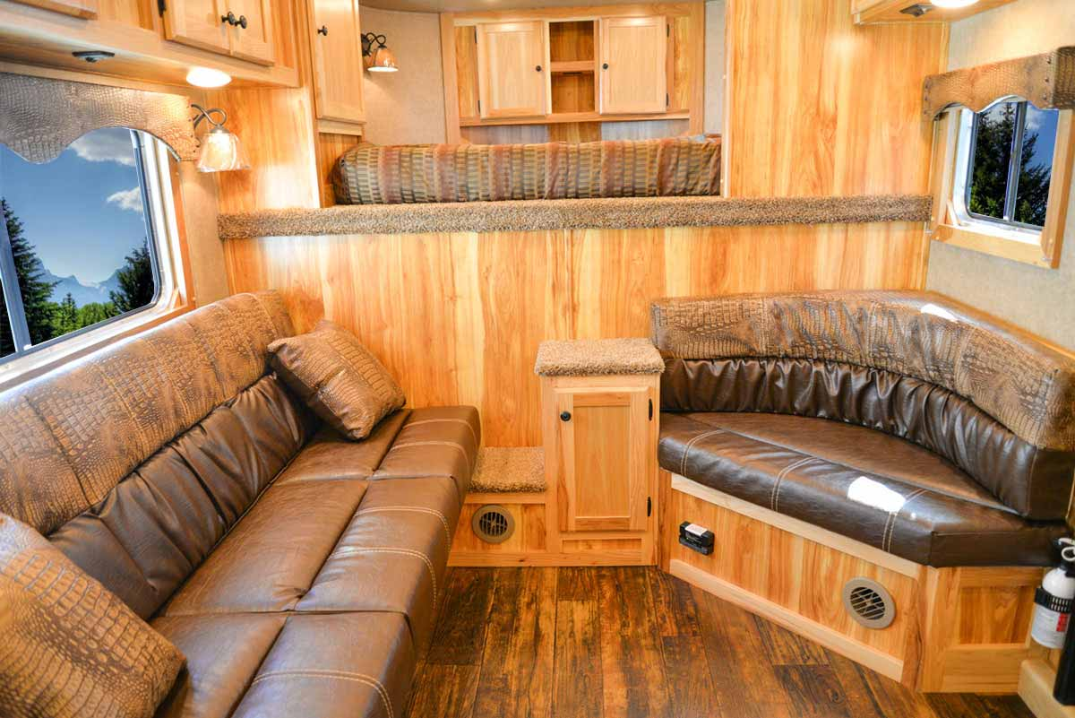 Living Quarters in C8X13.5 Charger Edition Horse Trailer | Lakota Trailers