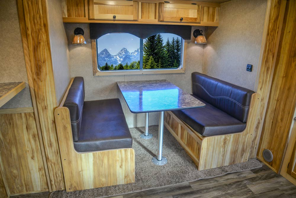 Dinette in C8X15RKB Charger Edition Horse Trailer | Lakota Trailers