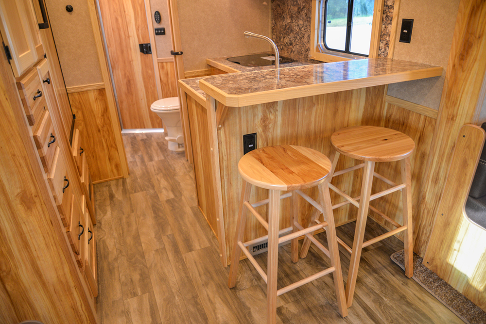 Bar in a C8X15RKB Charger Edition Horse Trailer | Lakota Trailers