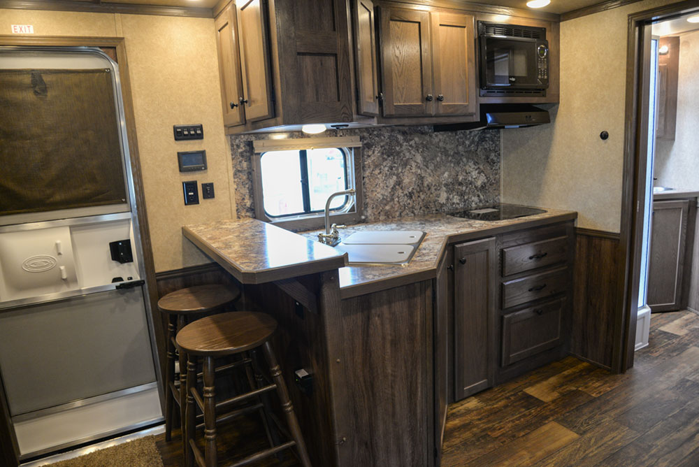 Kitchen In Charger C8X13RKB   Lakota Charger