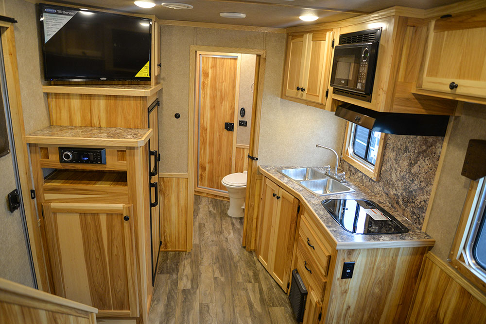 Living Quarters in a C8X11SR Charger Edition Horse Trailer | Lakota Trailers